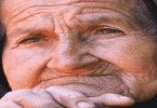 قصة المرآة وشبح الرجل العجوز