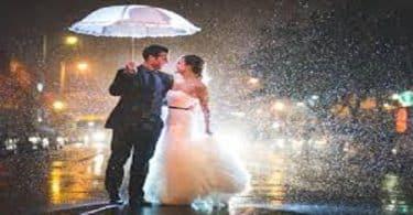 قصة حب تحت المطر مكتوبة ومختصرة